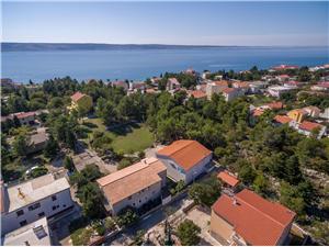 Апартаменты и Kомнаты Dragica Ривьера Задар, квадратура 12,00 m2, Воздуха удалённость от моря 200 m, Воздух расстояние до центра города 700 m