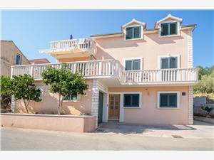 Lägenheter Ivo Vela Luka - ön Korcula, Storlek 40,00 m2, Luftavstånd till havet 70 m, Luftavståndet till centrum 700 m