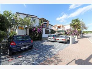 Appartementen Ante Pakostane, Kwadratuur 60,00 m2, Lucht afstand naar het centrum 500 m