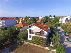 Apartamenty Katarina Biograd, Powierzchnia 60,00 m2, Odległość od centrum miasta, przez powietrze jest mierzona 300 m