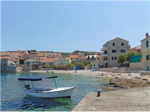 Appartementen Frano Postira - eiland Brac, Kwadratuur 100,00 m2, Lucht afstand tot de zee 20 m, Lucht afstand naar het centrum 100 m
