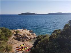 Kašjuni Kastel Gomilica Plaža