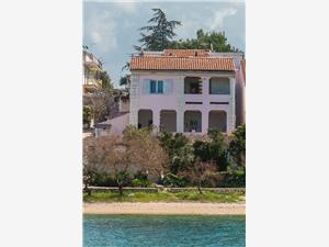 Apartmány Artur Grebastica, Prostor 100,00 m2, Vzdušní vzdálenost od moře 10 m, Vzdušní vzdálenost od centra místa 400 m