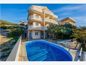 Appartamenti Ilija Croazia, Dimensioni 50,00 m2, Alloggi con piscina, Distanza aerea dal mare 50 m