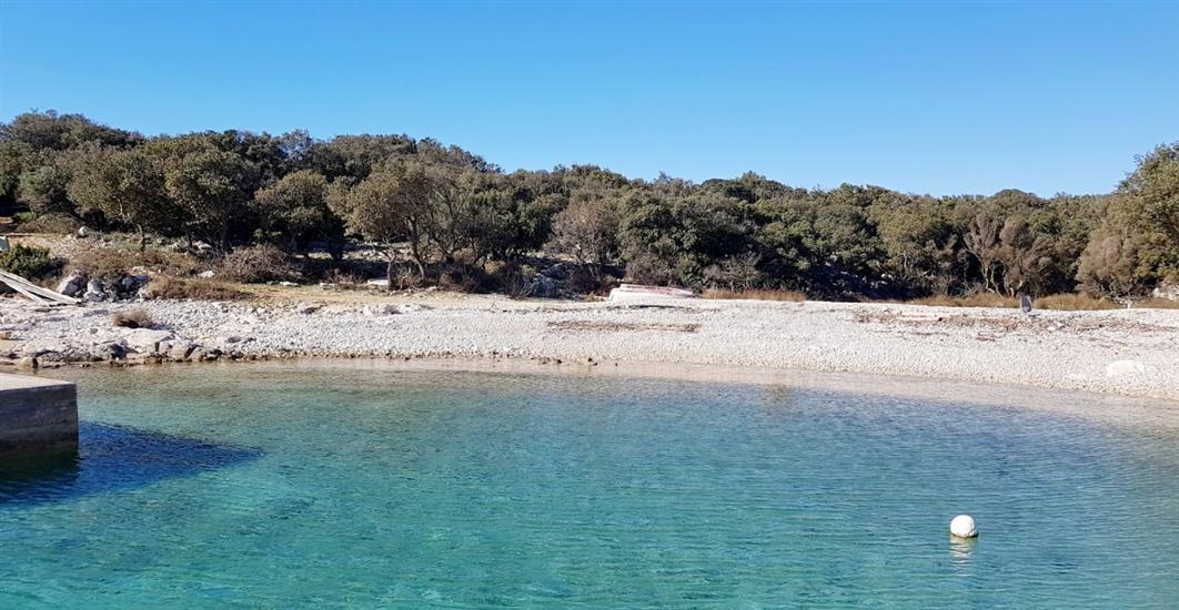 Plaža od 7 vrata-Cres (otok Cres)