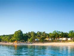 Njivice  Plaža