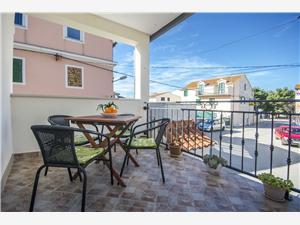Appartement Sibenik Riviera,Reserveren Franka Vanaf 56 €