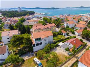 Apartments Branko Vodice, Size 40.00 m2, Airline distance to the sea 200 m, Airline distance to town centre 250 m