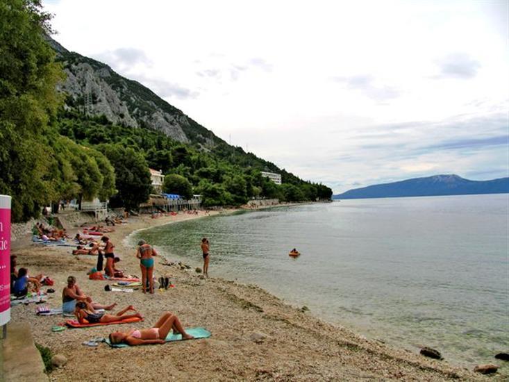 Gornja-Vala-Gradac-Dalmatia-Croatia