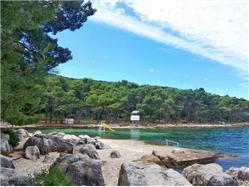 Bene Kastel Gomilica Plaža