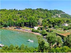 Lovrečina Postira - ostrov Brac Plaža