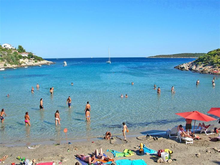 Zaglav-Vis-Dalmatia-Croatia