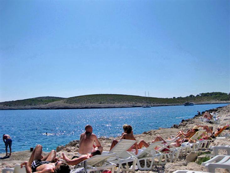 Stipanska-Hvar (otok Hvar)