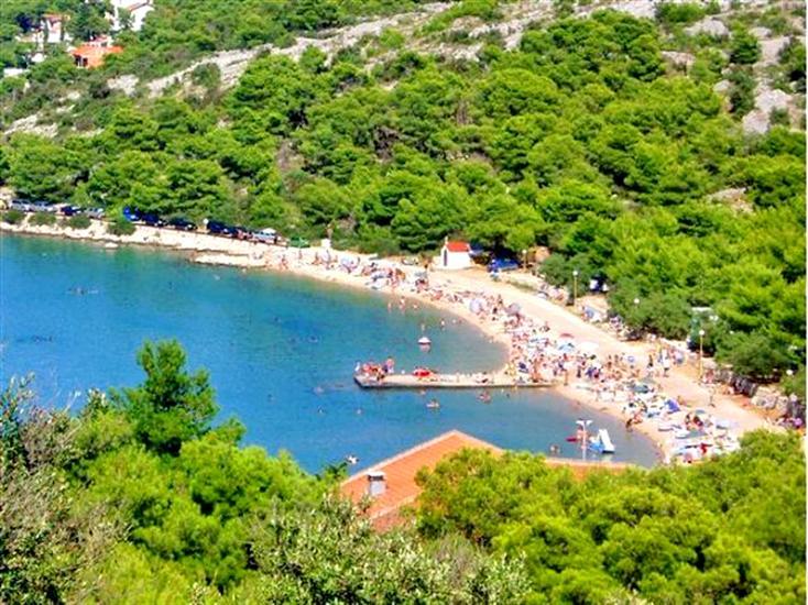 Lovisca-Jezera-Dalmatia-Croatia