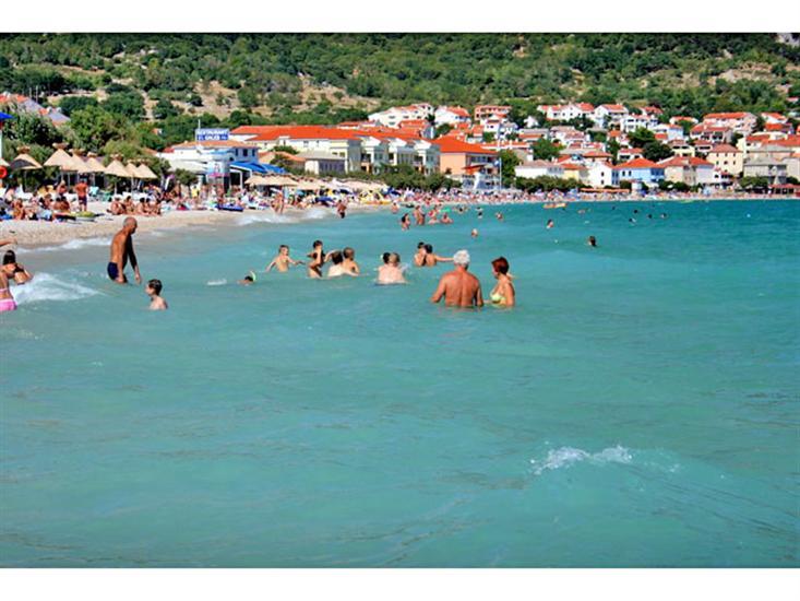 Vela-plaza-Baskakrk-Kvarner-Croatia