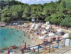 Slnečná zátoka (Sunčana uvala)  Plaža
