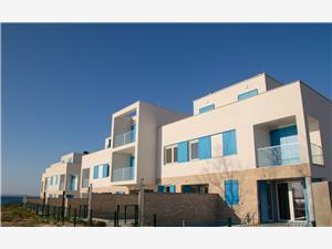 вилла Olive Privlaka (Zadar), квадратура 142,13 m2, размещение с бассейном, Воздуха удалённость от моря 5 m