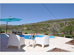 Villa Split en Trogir Riviera,Reserveren Antonija Vanaf 120 €