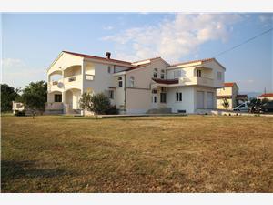 Apartmanok Mrdelja Vrsi (Zadar), Méret 40,00 m2, Központtól való távolság 50 m