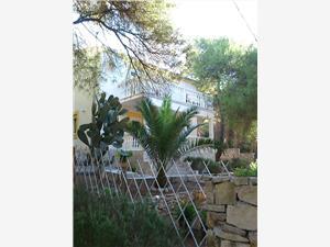 Appartamenti Elena Vis - isola di Vis,Prenoti Appartamenti Elena Da 161 €