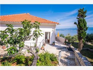 Ferienwohnung Petar Vrbnik - Insel Krk, Größe 57,00 m2, Luftlinie bis zum Meer 50 m, Entfernung vom Ortszentrum (Luftlinie) 400 m