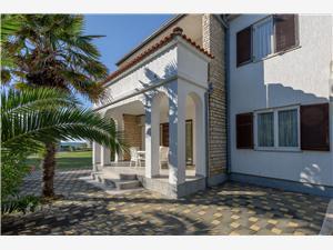 Apartmani Marija Privlaka (Zadar), Kvadratura 40,00 m2, Zračna udaljenost od mora 100 m, Zračna udaljenost od centra mjesta 400 m