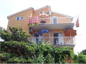 Appartements Ante Bilo (Primosten), Superficie 28,00 m2, Distance (vol d'oiseau) jusque la mer 200 m, Distance (vol d'oiseau) jusqu'au centre ville 70 m