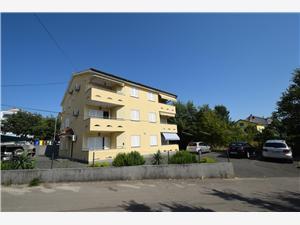 Apartman Acija Malinska - Krk sziget, Méret 55,00 m2, Központtól való távolság 400 m