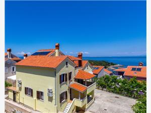 Apartamenty Arsen Mali Losinj - wyspa Losinj, Powierzchnia 33,00 m2, Odległość do morze mierzona drogą powietrzną wynosi 120 m, Odległość od centrum miasta, przez powietrze jest mierzona 500 m