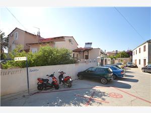 Апартаменты GOGA , квадратура 26,00 m2, Воздуха удалённость от моря 200 m, Воздух расстояние до центра города 200 m