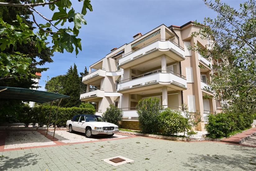 Apartmaj Bernardo