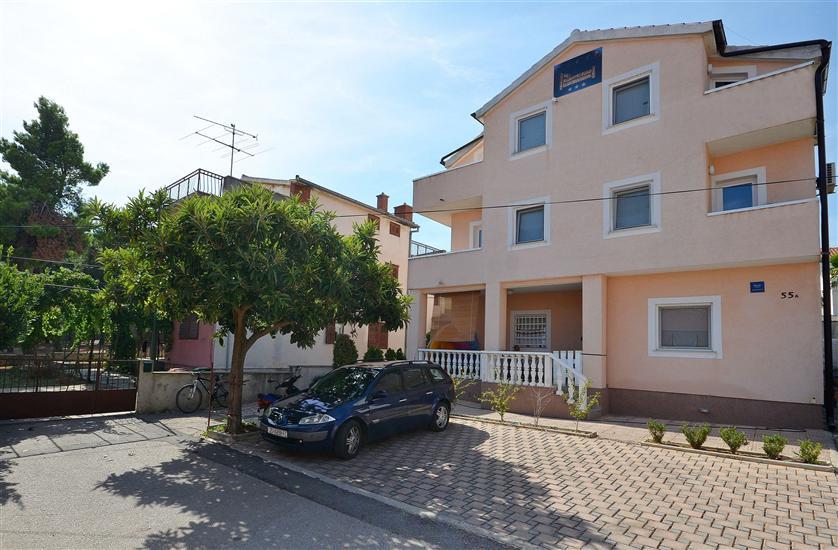 Appartamenti e Camere Mladen