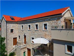 Apartmán Nenad Jelsa - ostrov Hvar, Kamenný dům, Prostor 30,00 m2, Vzdušní vzdálenost od centra místa 100 m