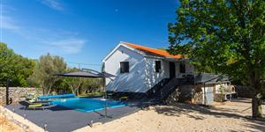 Hiša - Silo - otok Krk