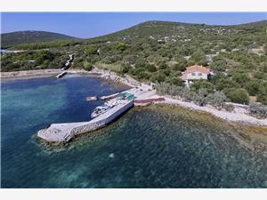 Haus Tinky Die Norddalmatinischen Inseln, Haus in Alleinlage, Größe 42,00 m2, Luftlinie bis zum Meer 10 m