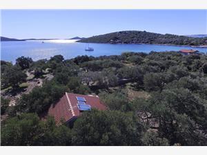 Huis Melon Tkon - eiland Pasman, Afgelegen huis, Kwadratuur 45,00 m2, Lucht afstand tot de zee 50 m