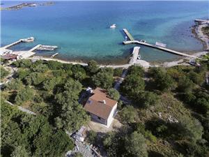 Kuća za odmor Violet Žižanj - otok Žižanj, Kuća na osami, Kvadratura 30,00 m2, Zračna udaljenost od mora 15 m
