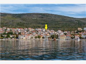 Namestitev z bazenom Kvarnerski otoci,Rezerviraj STIVIC Od 200 €