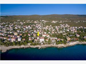 Huis BLANKA De Crikvenica Riviera en Rijeka, Kwadratuur 130,00 m2, Accommodatie met zwembad, Lucht afstand tot de zee 20 m