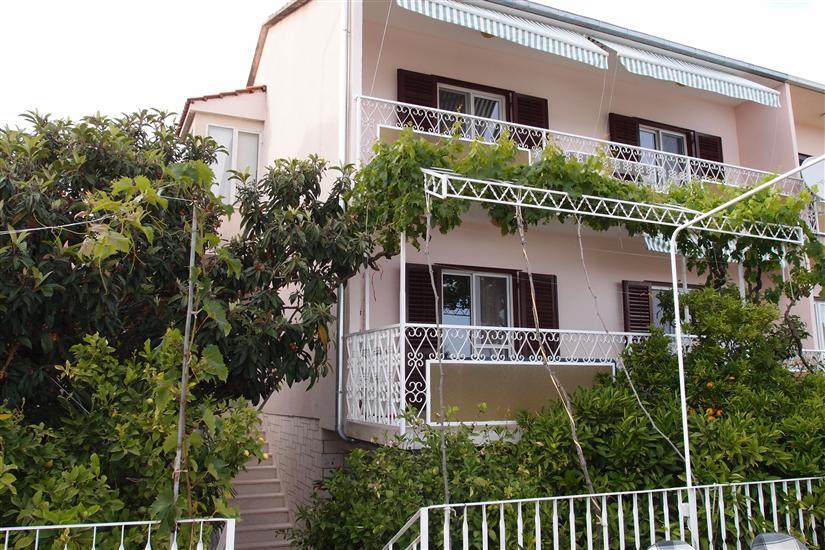 Lägenheter Mira
