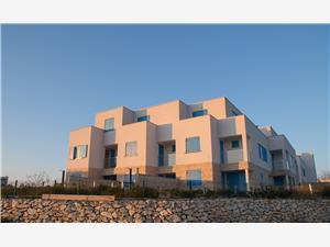 Vila Jasmine Privlaka (Zadar), Kvadratura 142,06 m2, Smještaj s bazenom, Zračna udaljenost od mora 10 m