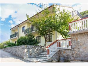 Ferienwohnungen Marijana Senj, Größe 41,00 m2, Entfernung vom Ortszentrum (Luftlinie) 600 m