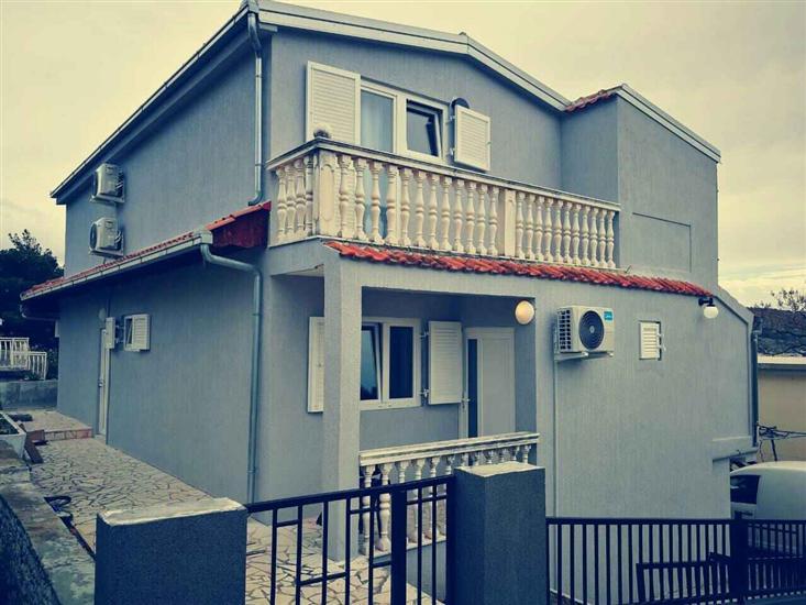 Apartments Sirius Rogoznica