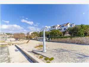 Beachfront accommodation Dario Okrug Gornji (Ciovo),Book Beachfront accommodation Dario From 102 €