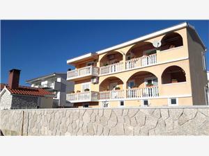 Appartements Božo Vrsi (Zadar),Réservez Appartements Božo De 52 €