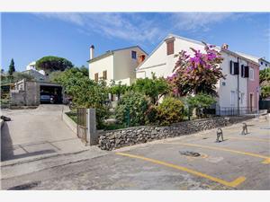 Apartmaji FRANKOVIĆ Mali Losinj - otok Losinj,Rezerviraj Apartmaji FRANKOVIĆ Od 82 €