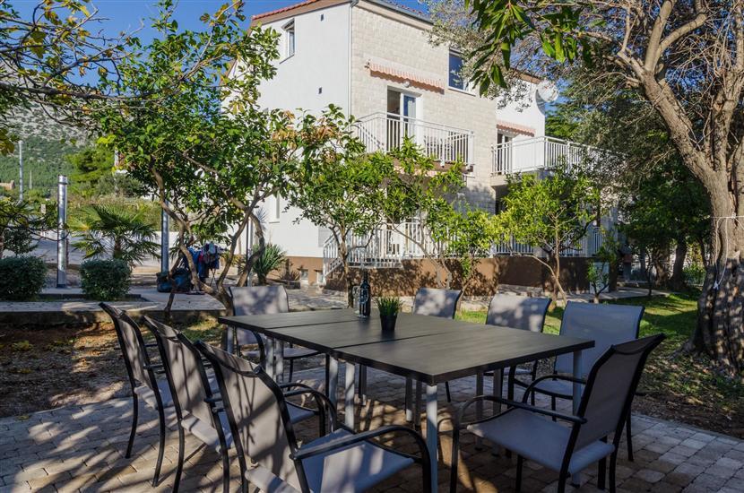 Apartmanok Villa Roza