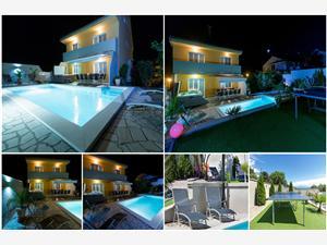 Accommodatie met zwembad 2 Crikvenica,Reserveren Accommodatie met zwembad 2 Vanaf 279 €