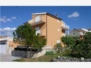 Ferienwohnungen Vila Punta Jadrtovac, Größe 40,00 m2, Luftlinie bis zum Meer 50 m, Entfernung vom Ortszentrum (Luftlinie) 100 m