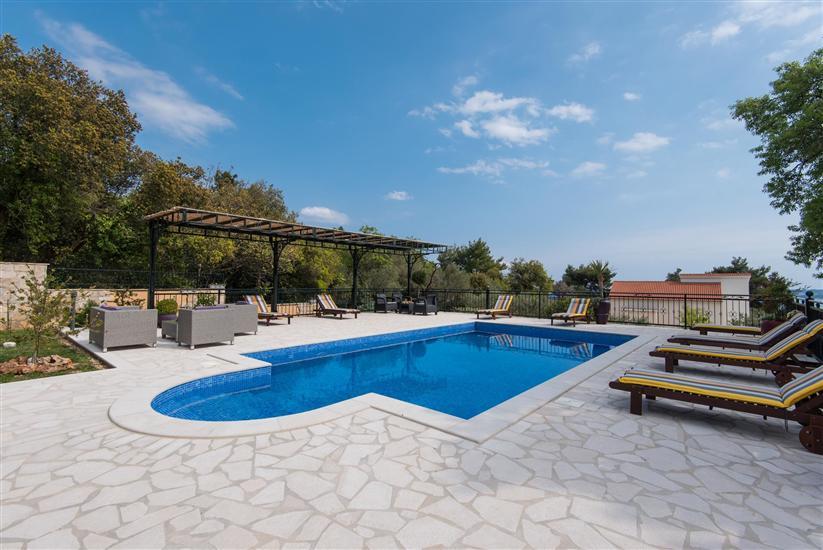 House Villa Andro
